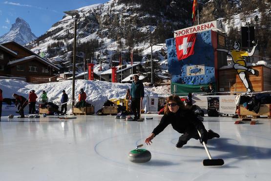 Scottish And Bavarian Curling In Zermatt