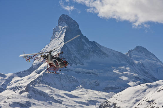 Be on board in the 360° video and see the Matterhorn up close and personal.