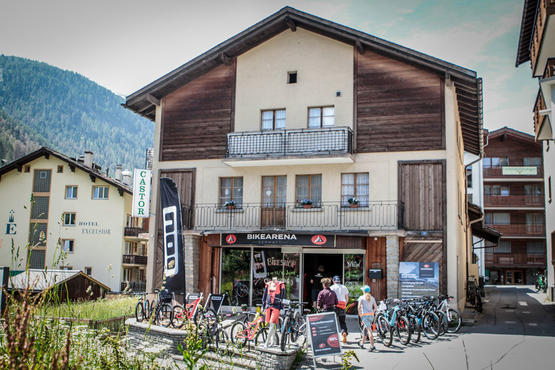 The Zermatt bike arena opened in the middle of June.