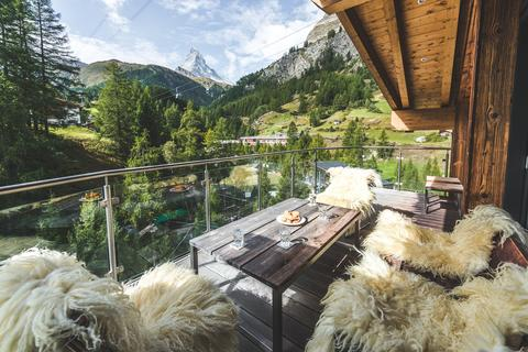 Mountain Exposure adds three new chalets (1)