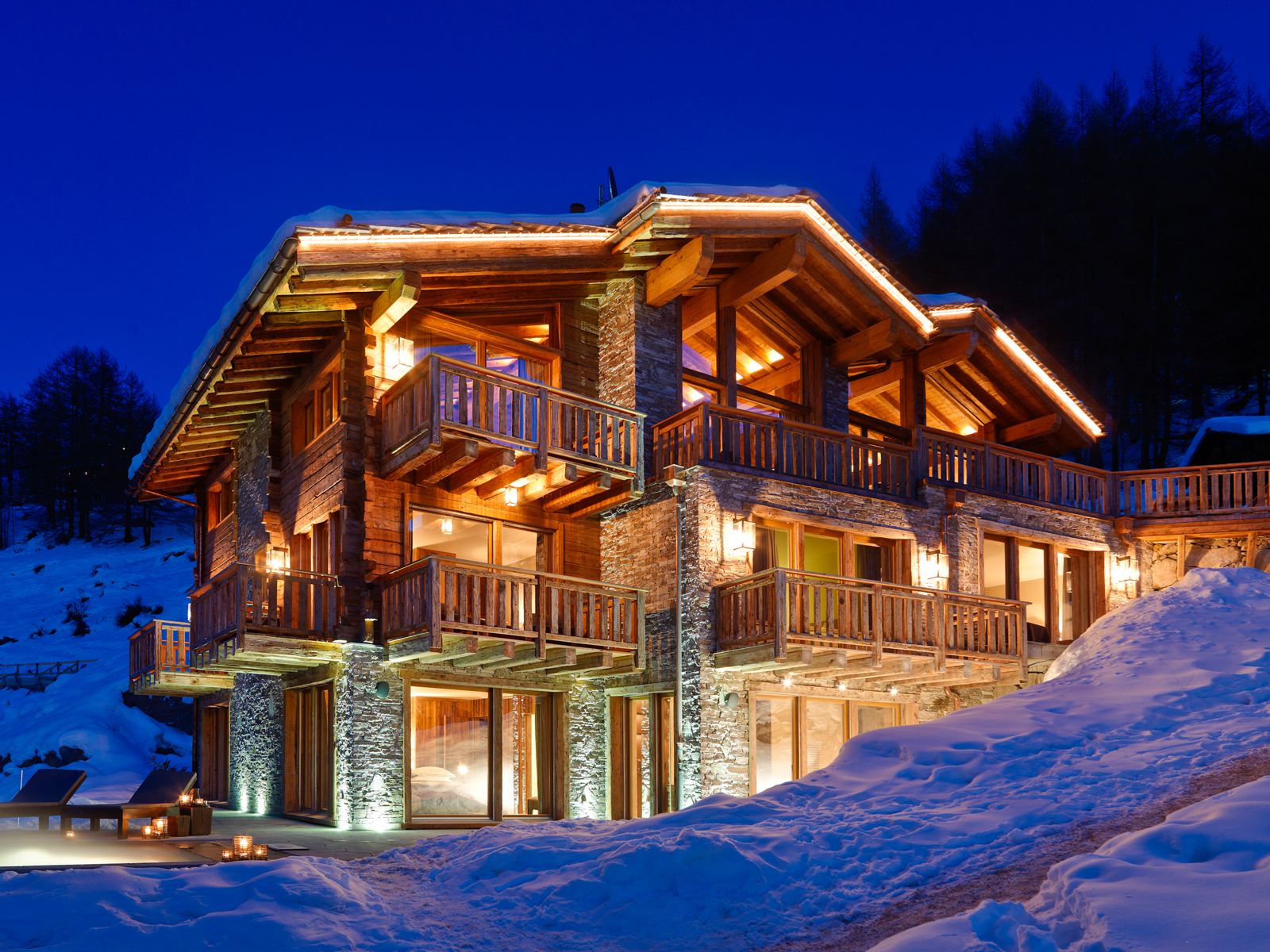 Luxuty-Chalets_cr_Elysian-Collection-Gmbh_Barry-Murphey-2.jpg