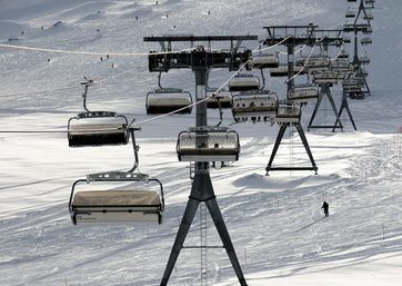 Tenth year of operations for Furggsattel glacier lift