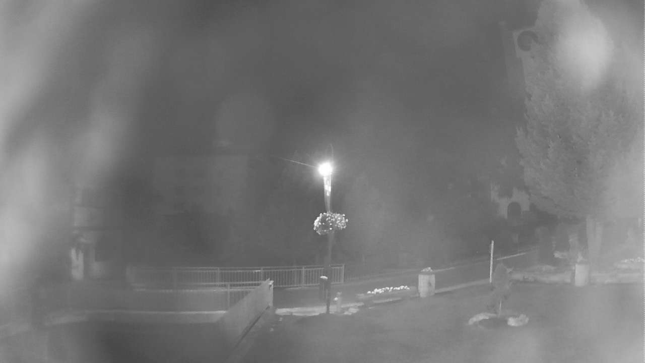 Zermatt Church webcam